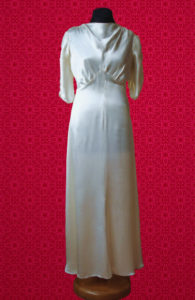 Glam White Silk Calf Lenght Dress 1930s