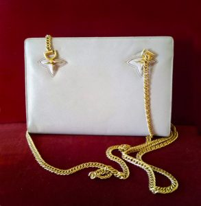 GUCCi ice color Bag with Gold Chain 1960s