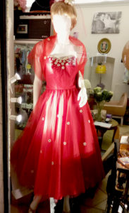 1950s Red Tulle Dress and Stole Daisy Application