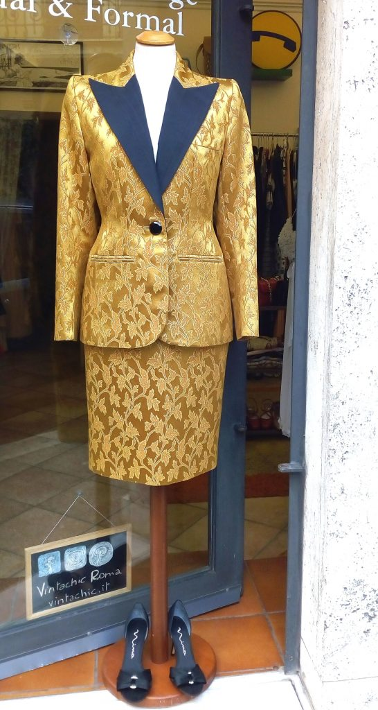 Tailleur Smoking Broccato Oro YSL 1980