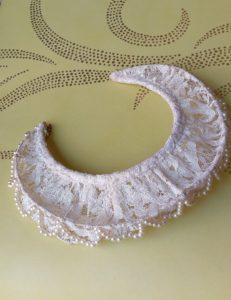 1940s Ivory Lace and Pearls Bridal Tiara