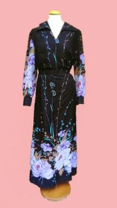 1970s Long Black Dress Flower Fantasy - XXL